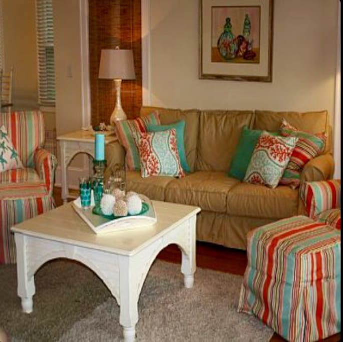 Relax in the comfortable and bright living room.