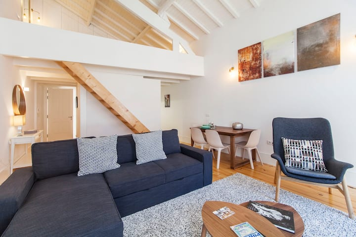 Oporto Mezzanine Apartment