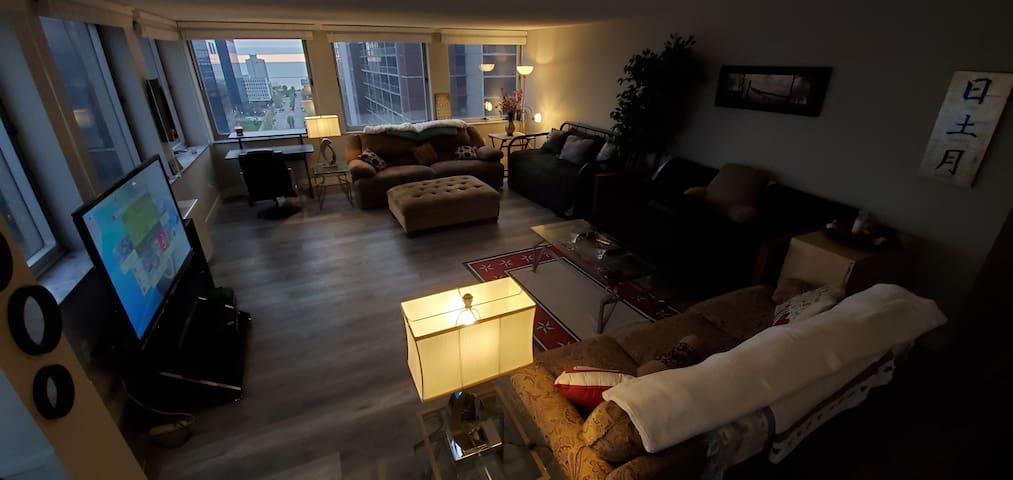 Luxury Apartment Downtown