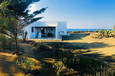Casa Nanda, sea, nature and unforgettable sunsets