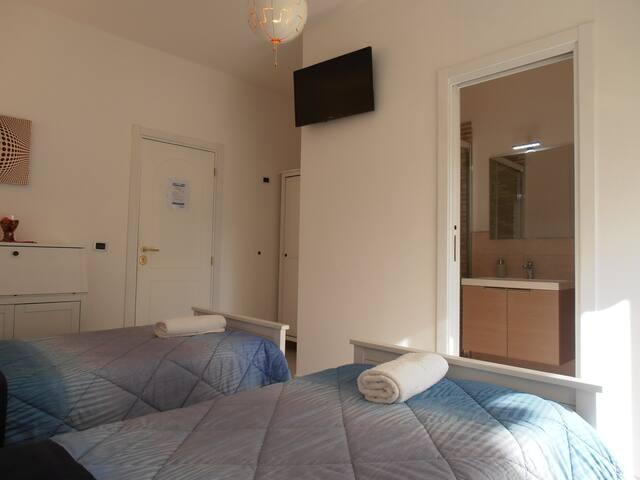 Hibiscus - two-bedroom room