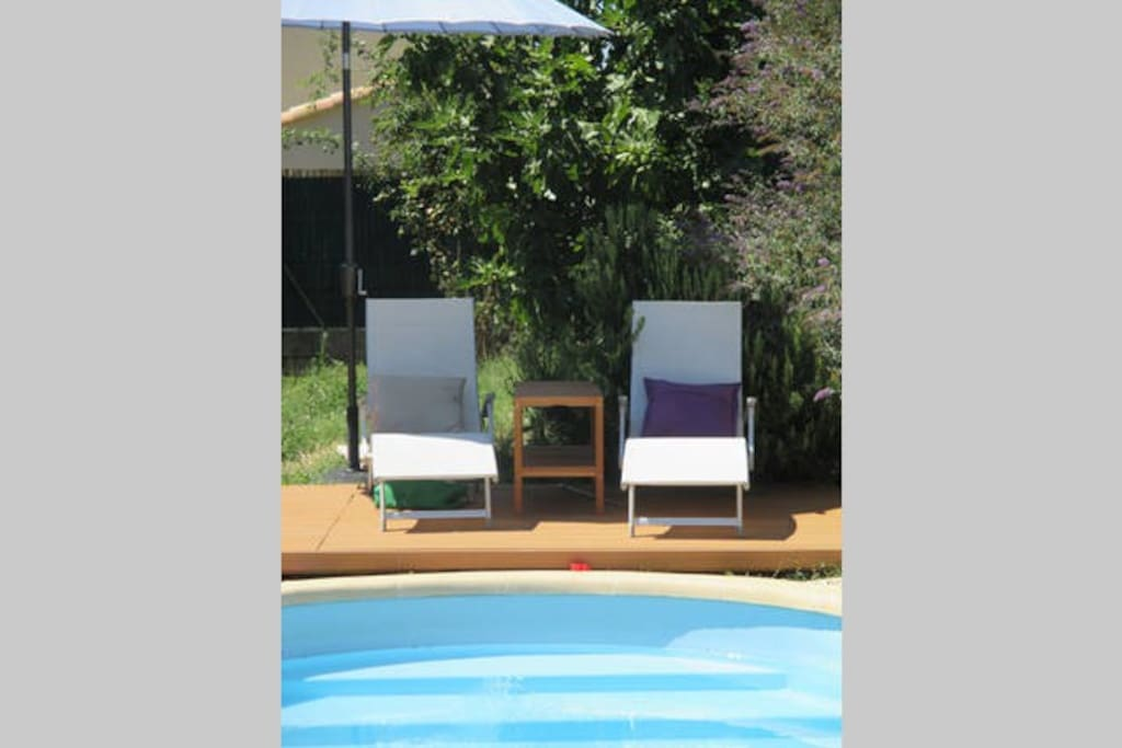 Maison avec piscine b b houses for rent in salon de for Rent a car salon de provence
