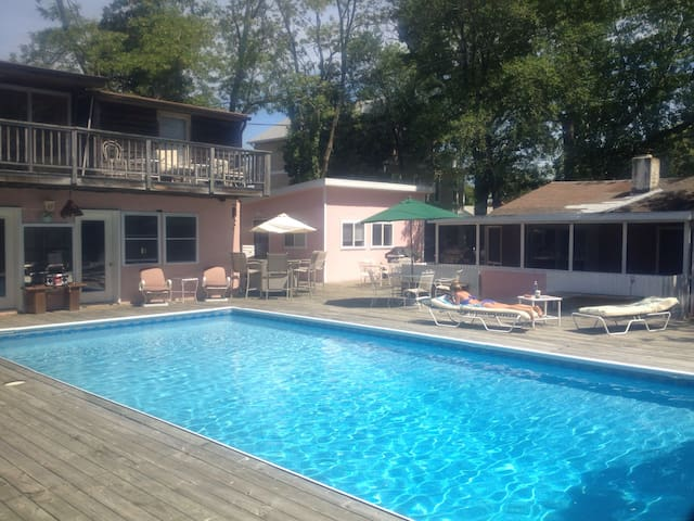 Dewey Beach House w BIG swimming pool - Rehoboth Beach - Casa