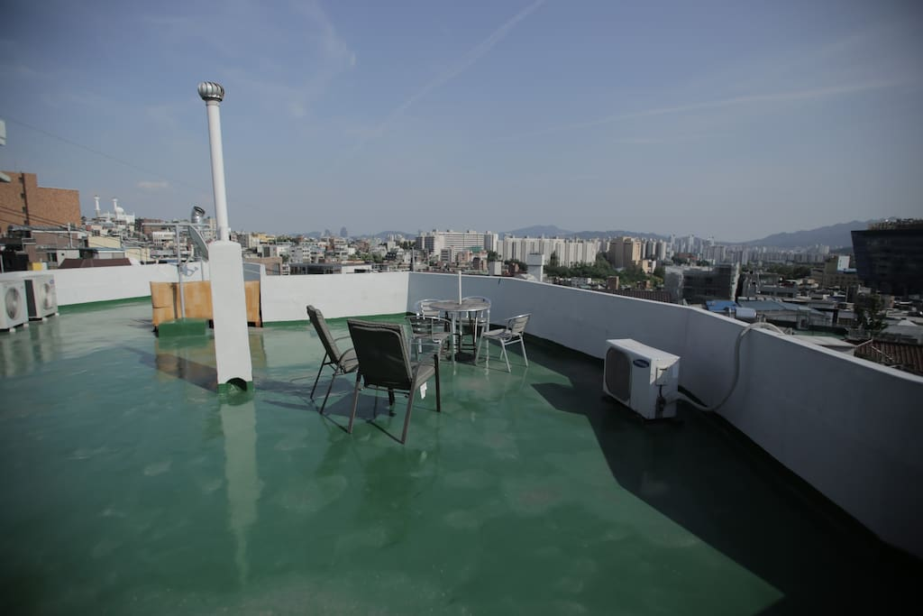 The rooftop is a great place to celebrate summer in Seoul. Ask about the availability of our barbecue grill!