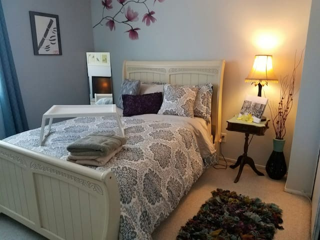 Cozy and Comfy Room! near Disney, Beaches and LA - Hacienda Heights - Maison
