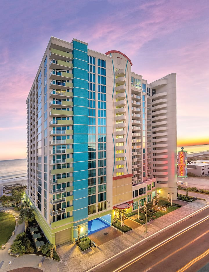 ✦TOWERS ON THE GROVE BEACHFRONT RESORT in a STUDIO BLVD VIEW located in North Myrtle Beach✦