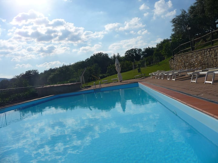 ESTER HOME BETWEEN FLORENCE AND AREZZO.WITH  POOL