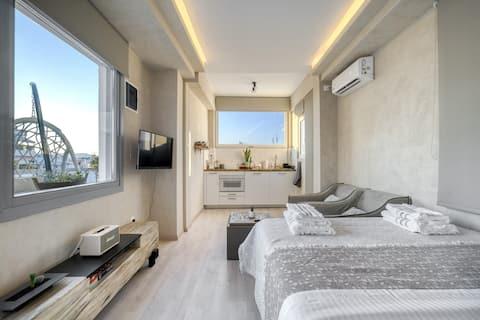 Stunning Luxury Rooftop Suite  ~ Acropolis View