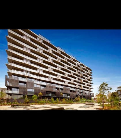 Luxury apartment in South Yarra. Walk to MCG - South Yarra - Appartement