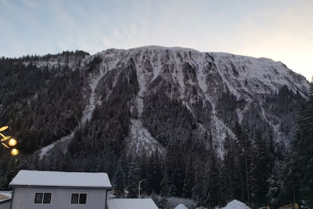 Juneau Mendenhall Glacier - Juneau - Appartamento