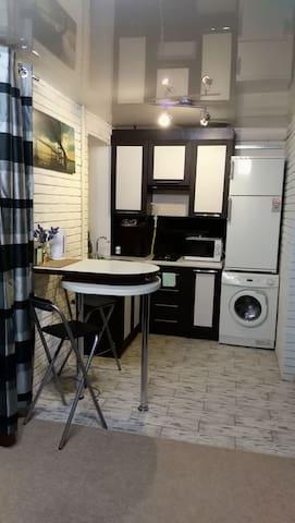 Гарна квартирка економ для 1-2 гостей.