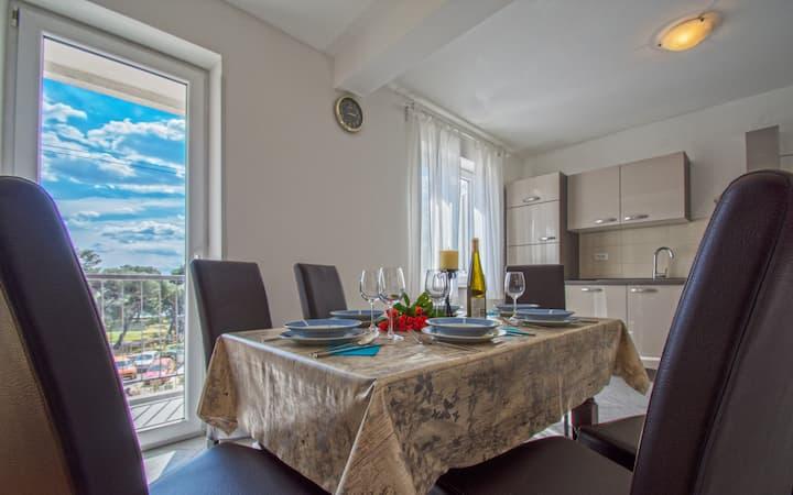 Apartment in city center of Crikvenica