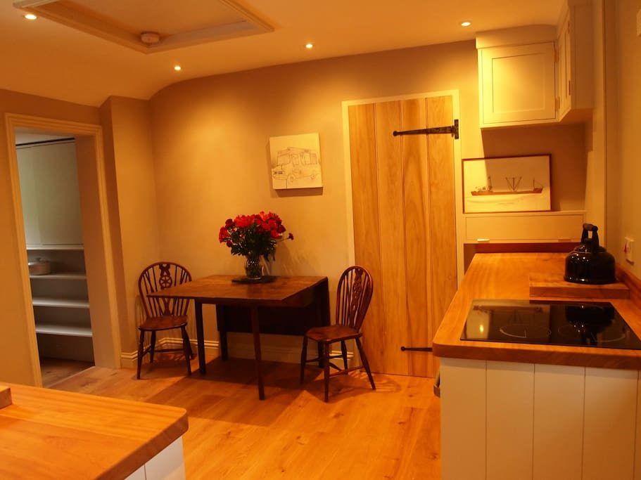 Lovely kitchen, with useful boot room