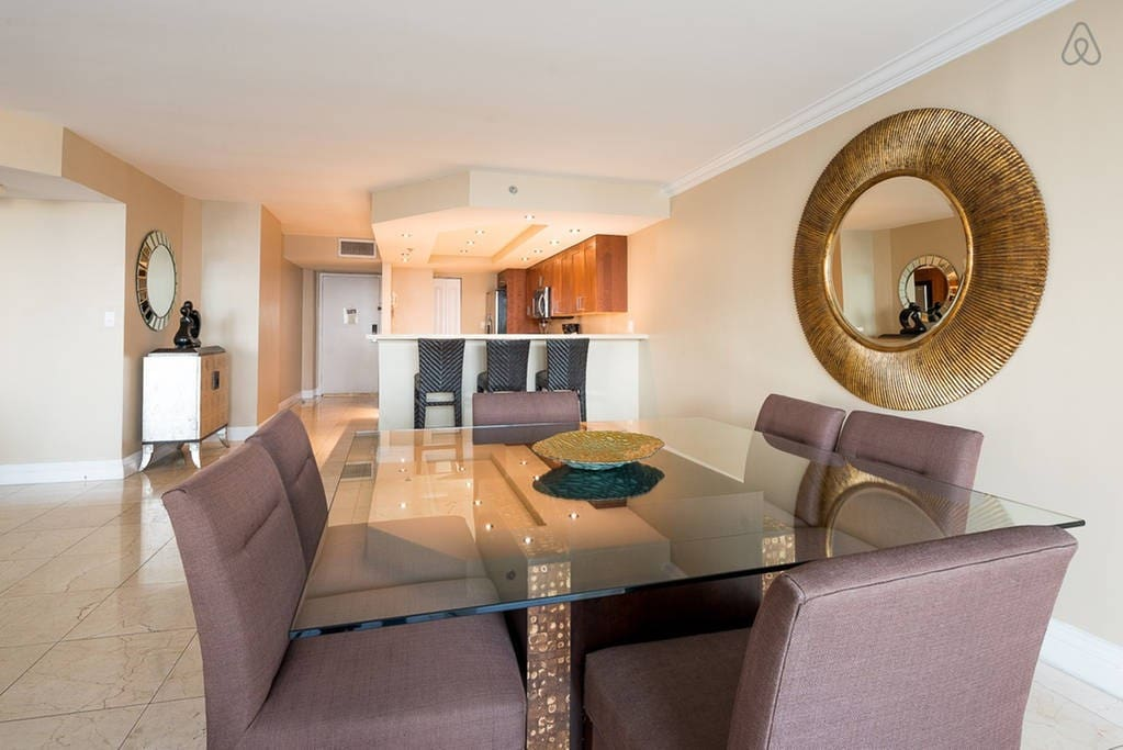 """The Grand 3154   2bed/2bath   Free Valet Parking"""""""
