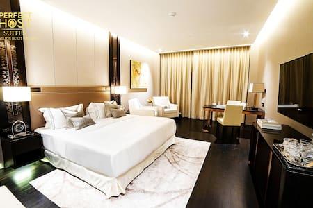 Premium Deluxe King Suites @Pavilion Bukit Bintang