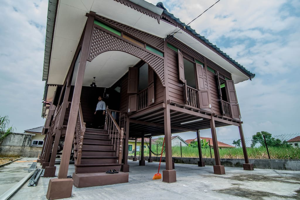 Wooden house on stilts for a whole new experience.