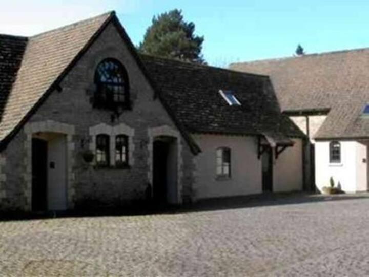 3 bedroom cottage - Hameldon Tor