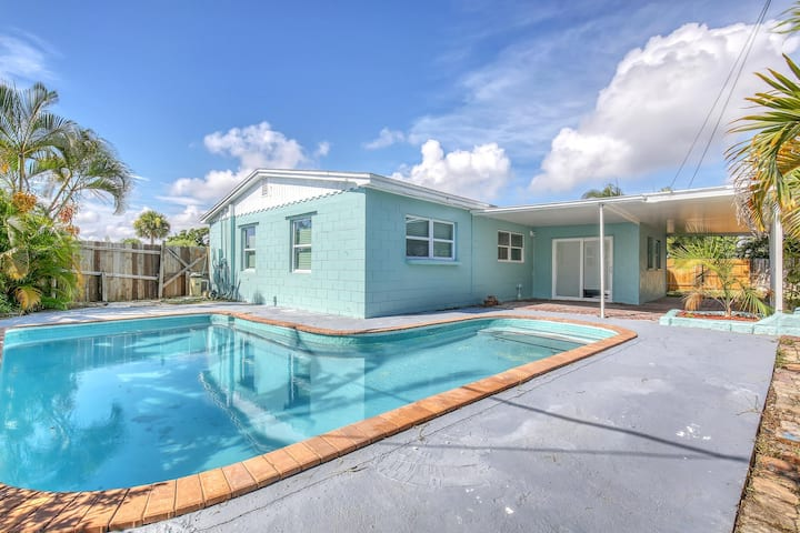 3/2 Satellite Beach House with Pool - Beach Walk
