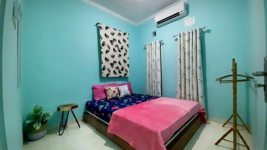 SECOND HOME 5 (Near Pusat Kota)