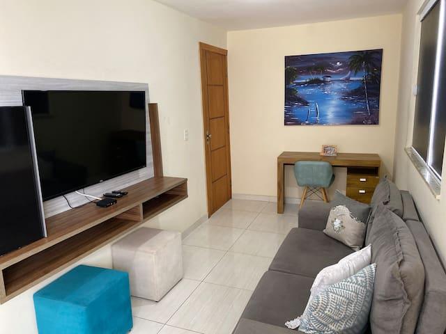 Apartamento 2/4 muito confortável.