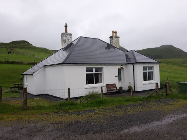 Tigh Cleat Cottage