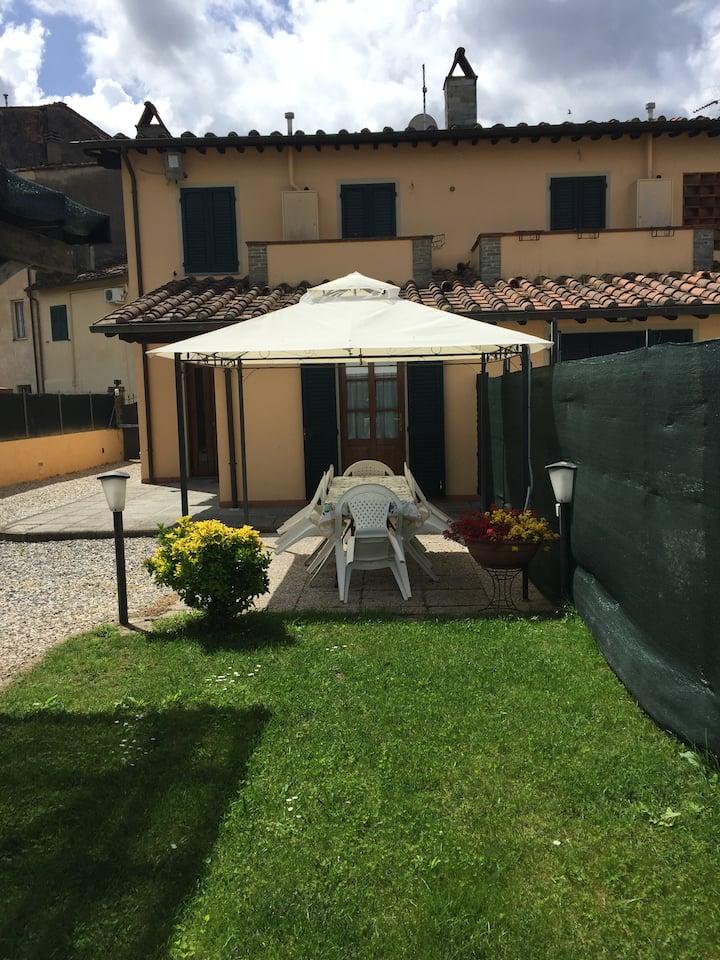 Villa Zara a pochi passi dalle Mure di Lucca