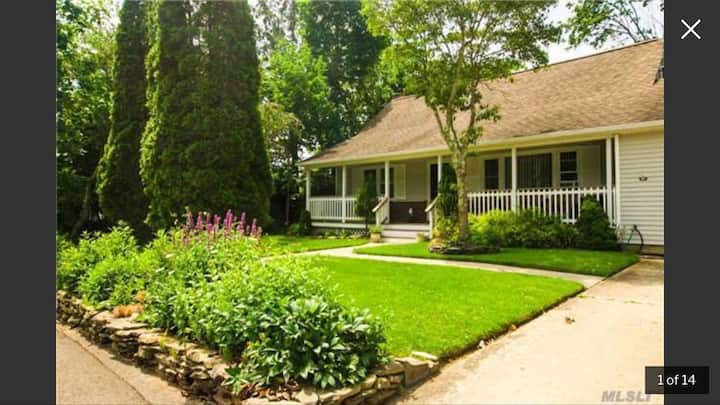 Style and comfort in beautiful Bellport/Brookhaven