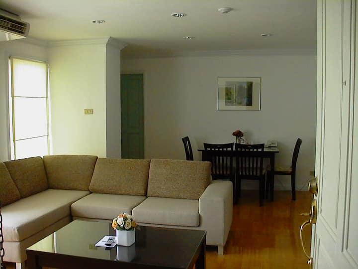 Sarin Place Suite