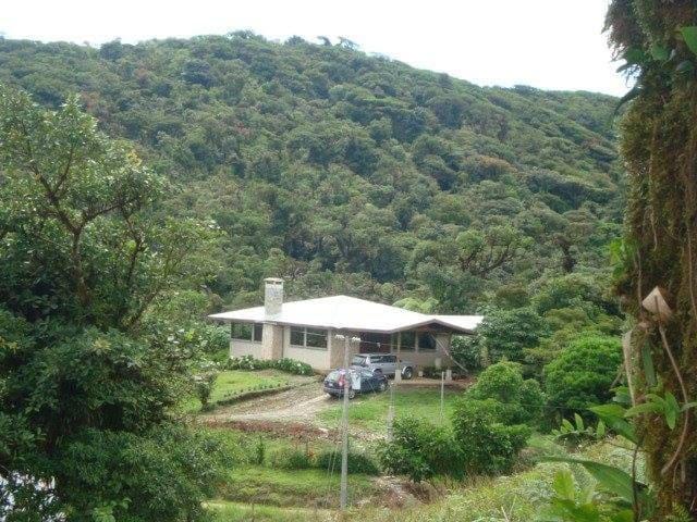 Casa de Montaña Alta Paz