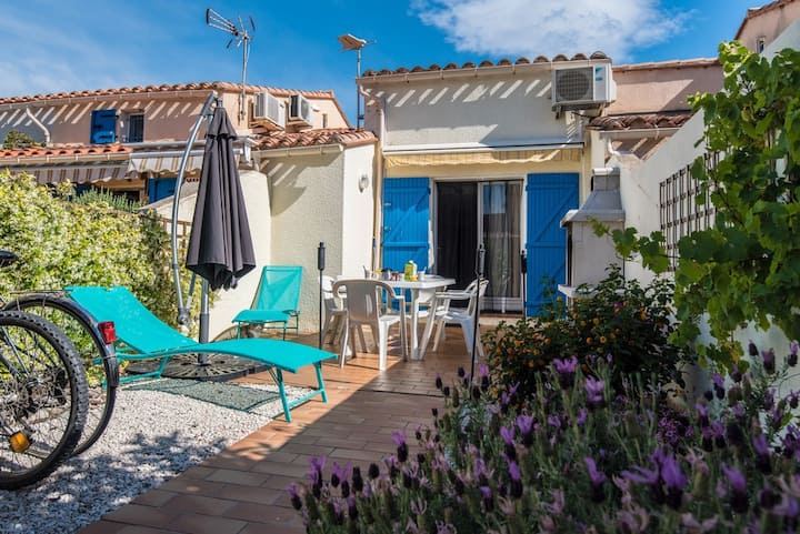 Villa avec jardin, vélos, wifi & climatisation !