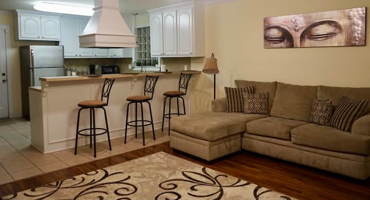 *NEW LISTING* Spacious 3BR mins from LSU Stadium