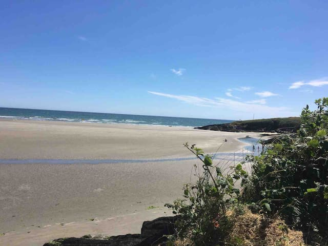 Stunning seaside apartment at Inchydoney beach