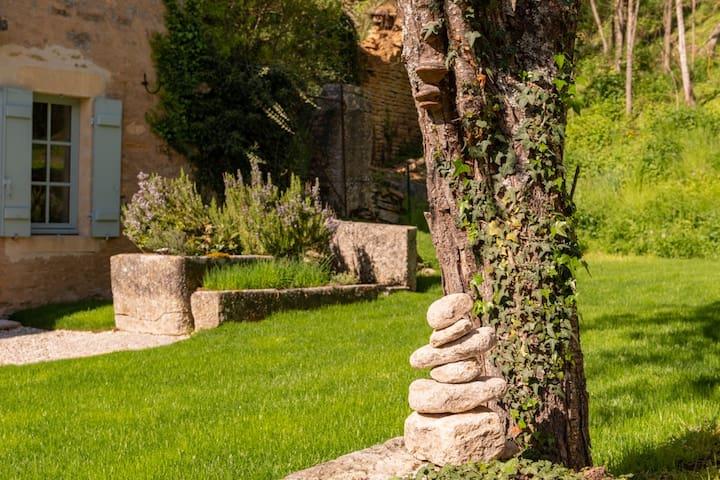 Bourgogne Authentique et Calme