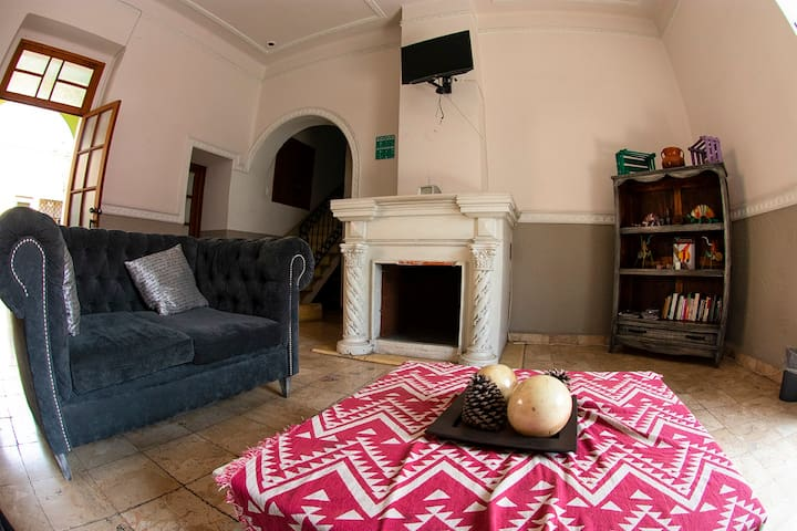 Comfortable Private Room in the heart of Puebla