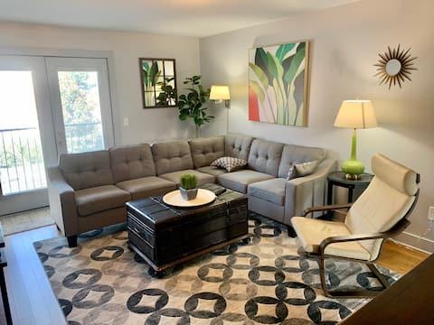 Lofts #204 Downtown Comfortable & Stylish