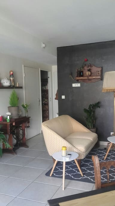3 pi ces avec confort et garage apartments for rent in for Garage coquard lyon 7