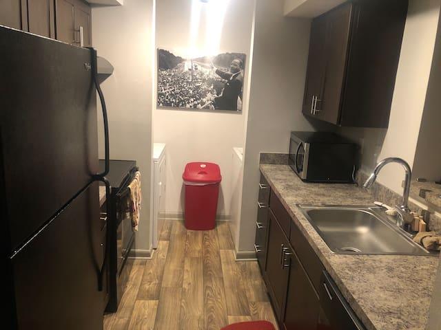 Atlanta Area Airbnb (AAA)