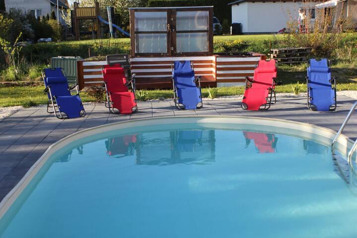 Moderne EG-Ferienwohnung mit Pool in Schwerin - Schwerin - Huoneisto
