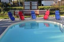 Moderne EG-Ferienwohnung mit Pool in Schwerin