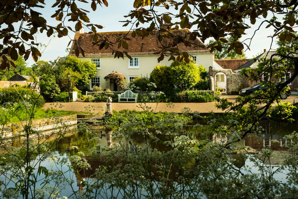 Bed And Breakfast West Sussex Dog Friendly