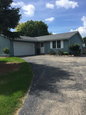 Conveniently located 3 bedroom UW Whitewater - Whitewater - Talo