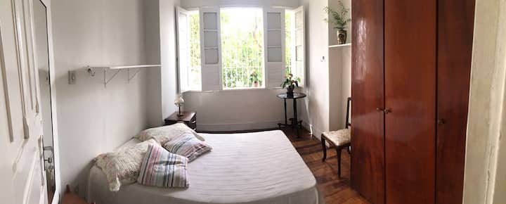 Room 2 in great location!