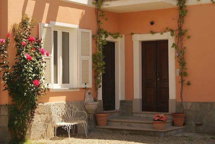Intero appartamento in Villa d'epoca  #monferrato