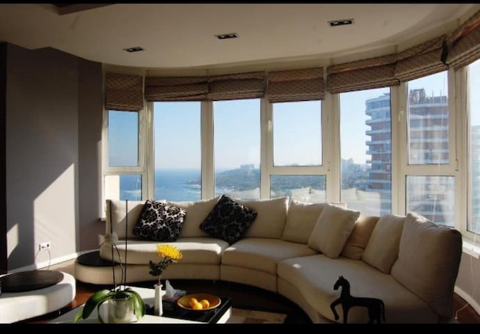 Spacious apartment in center with sea view! - Odessa - Daire