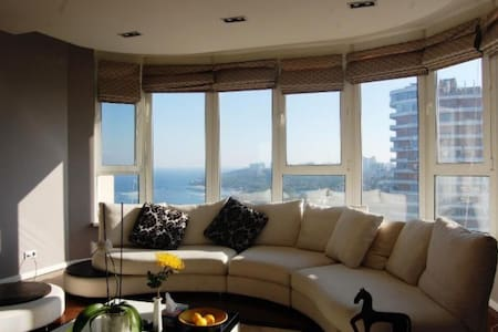 Spacious apartment in center with sea view! - 奥德萨 - 公寓