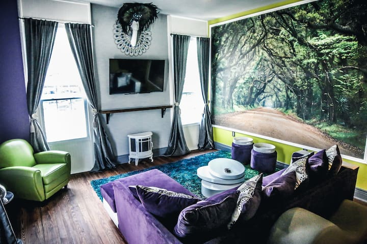 Tree Top Loft with Cemetery View - New Orleans - Appartamento