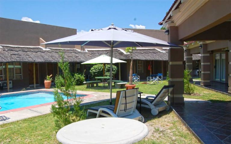 Kamanga Safari Lodge - Maun - Apartamento