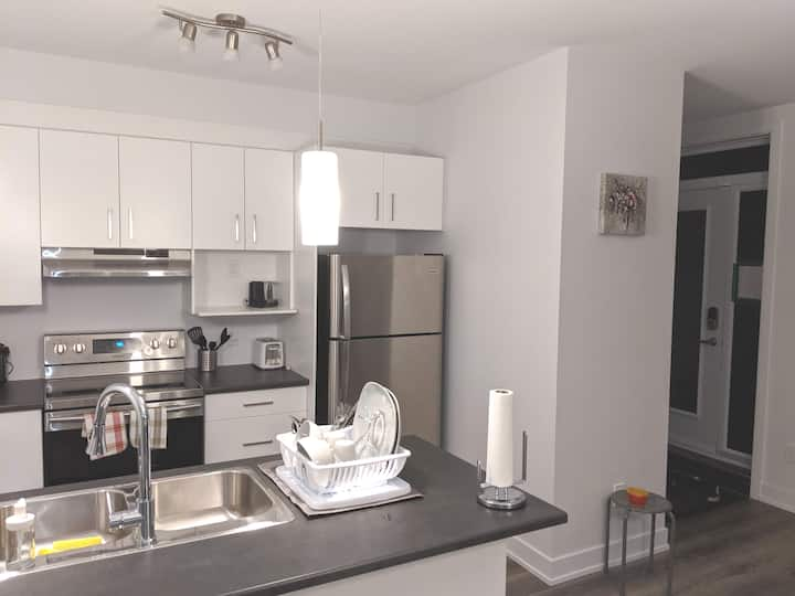 A Modern Clean new appartment 10 min from Ottawa.