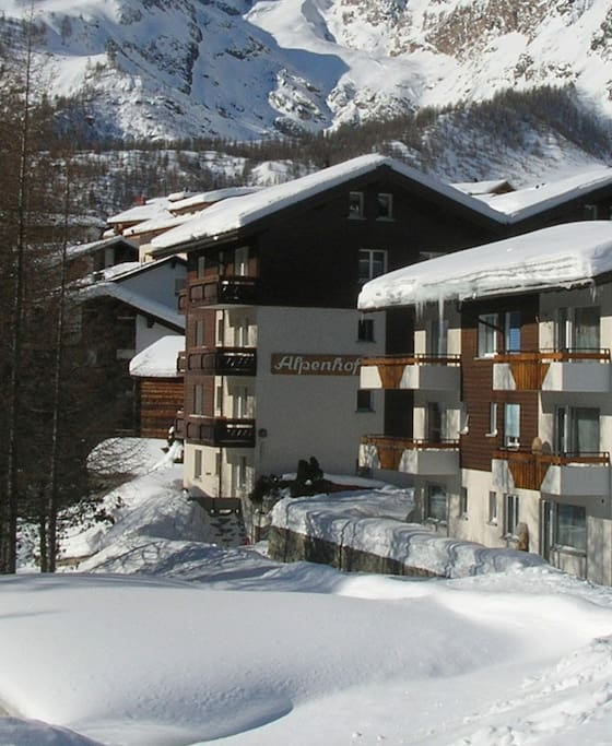 Alpenhof building