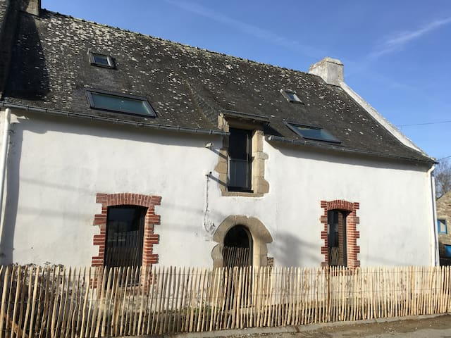 St Gildas - ocean close - Family house  18th Cent - Saint-Gildas-de-Rhuys - House